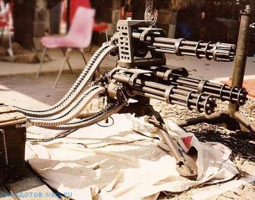 забавное огнестрельное оружие