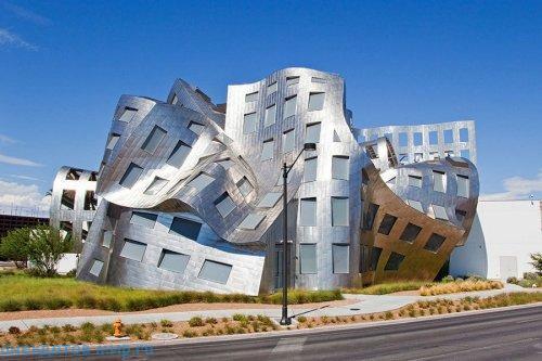 Фото необычных реальных зданий