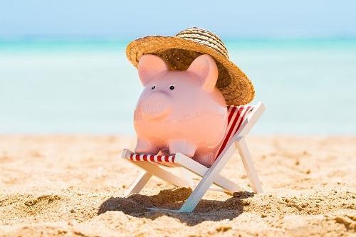 Read more about the article Прикольные статусы про море и пляж