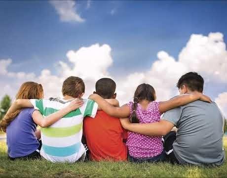лучшие статусы про дружбу